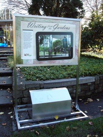 Botanic Gardens Display Stands